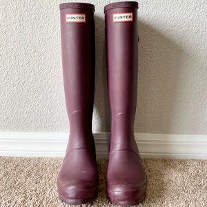 Hunter Maroon Original Tall Rubber Rain Boots 6